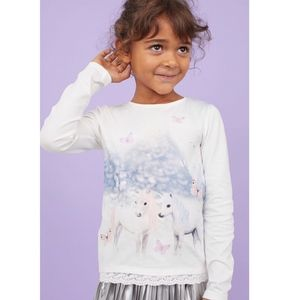 H&M white shirt with embroidered horses print